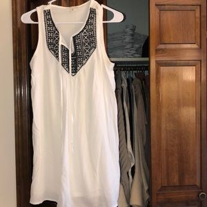 Black and white dress barely worn